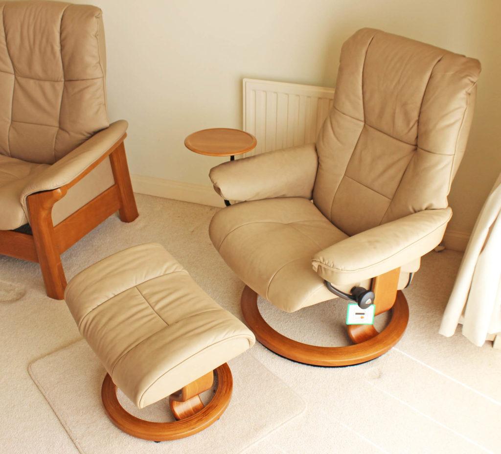 Ekornes Stressless Mayfair Reclining Chairs 2 Buckingham High Back Sofa